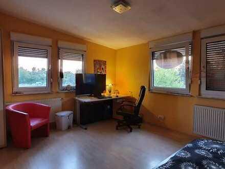Zimmer in WG in Neuhofen