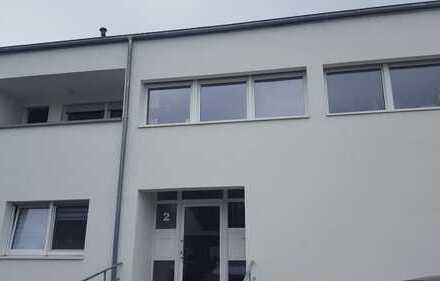 Helle & Großzügige 3 Zimmer Wohnung in ruhiger Wohnlage in Vallendar zu vermieten