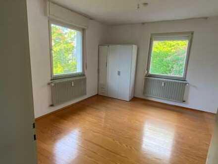 WG-Zimmer in Karlsruhe - Grötzingen in Bahnhofsnähe