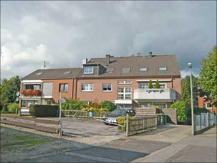 Dormagen-Zons, schicke 2-Raumwohnung über 2 Ebenen mit Parkett und Südbalkon in Rheinnähe.