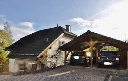 Hochwertiges, familienfreundliches und sehr gepflegtes Wohnhaus mit herrlichem Weitblick + ELW!