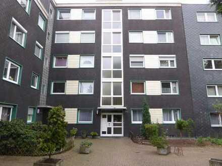 Schöne 3,5 Zimmerwohnung mit Loggia und Einbauküche in Bochum-Westenfeld