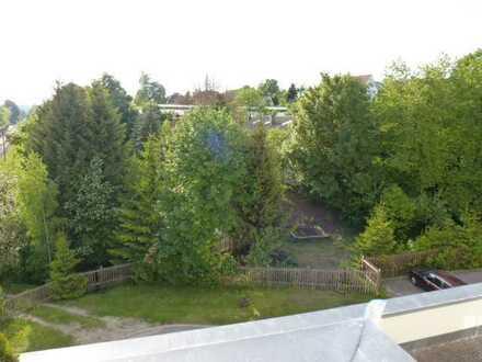 Neuwertige 2-Raum-Maisonette-Wohnung mit Balkon in Dornstetten