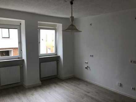 Schöne, geräumige 2,5 Zimmer Wohnung in Waldböckelheim