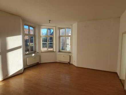 *TOP-Anlageobjekt!!! Sanierte 3 Raum Wohnung in Sonneberg Rathenaustraße*