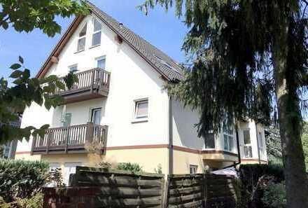 Nur ca. 200m von Berlin! Helle, moderne 2-Zimmer-Dachgeschosswohnung mit Garten in Eichwalde