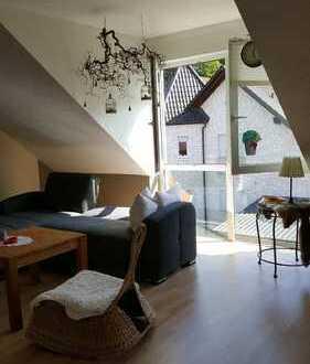Freundliche, gepflegte Dachgeschosswohnung mit gehobener Innenausstattung in Gemünden (Felda)