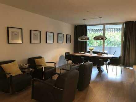 Exklusive 4-Zimmer-Wohnung mit Balkon und EBK in Schwabing, München