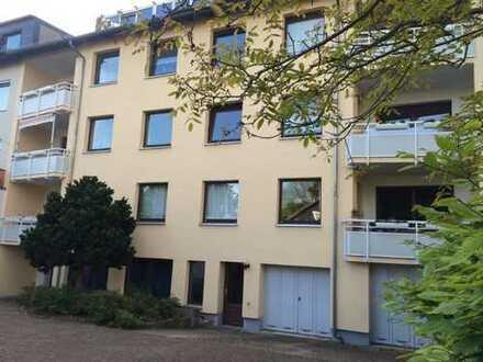Schwachhausen-Scharnhorststr. - großzügige, helle 3-Zimmer-Wohnung mit Sonnenbalkon und Garage