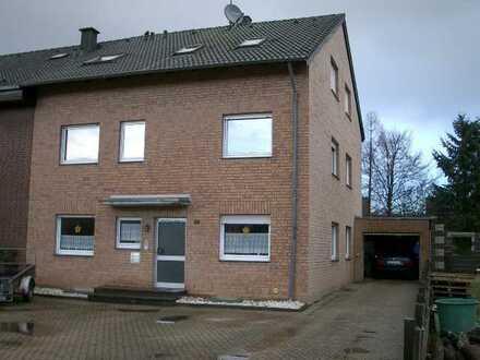 Bergheim-Paffendorf, 70qm, 2.OG, 3 Zimmer, Küche,Diele,Bad/WC,Abstellkammer u. Kellerraum