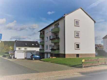 Gepflegte 3-Zimmer-Dachgeschosswohnung mit Balkon und Einbauküche in Kaufungen