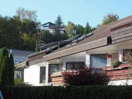 Schicke 4,5-Zi.-DG-Wohnung in Aichtal/Neuenhaus am Rande des Naturschutzgebietes