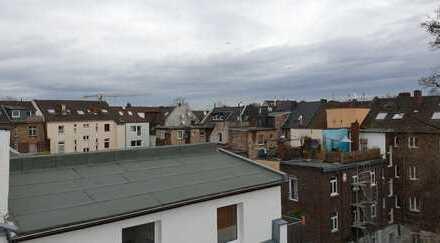 Helle Maisonettewohnung mit Dachterrasse, Humboldt/Gremberg