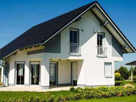 Gemütliches freistehendes Einfamilienhaus in grüner Außenlage (Anliegerstraße)