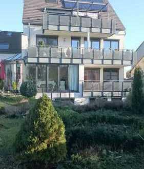 Sehr gepflegte Maisonette-Wohnung in einem 4 Familienhaus mit traumhafter Aussicht