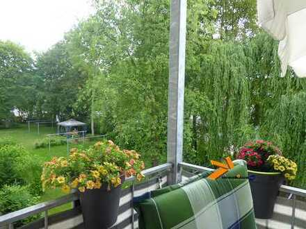 Schicke 2Raumwohnung mit Balkon! In sehr gepflegter, grüner Wohnanlage!