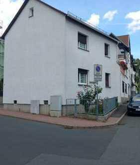 Schönes Haus, 4 Zimmer + ausgebauter Dachboden, 3 Bäder, Terasse in Steinbach (Taunus), Obergasse 1