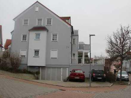 Stilvolle, gepflegte 3-Zimmer-Wohnung mit zwei Terrassen in Brackenheim