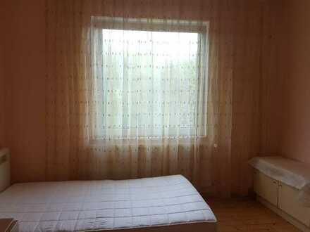 1 Zimmer in einem Studenten WG / Room in a student apartment