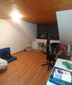 2 Zimmer Wohnung inkl Einbauküche /Tiefgaragenstellplatz / Keller