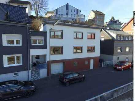 RESERVIERT | Einfamilienhaus (DHH) mit guter Raumaufteilung!
