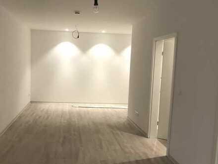 Exklusive, neuwertige 2-Zimmer-Erdgeschosswohnung mit Einbauküche in Möckmühl