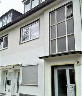 Gepflegte 3 Zimmerwohnung mit Einbauküche und Balkon in Huchting!