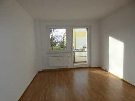 3-Raum Wohnung im Hochpaterre und Badewanne!