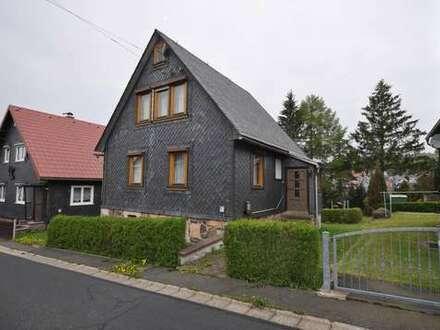 Freistehendes Einfamilienhaus in ruhiger Lage von Schnett!