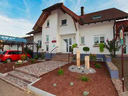 Sehr gepflegtes Wohnhaus mit hochwertiger Ausstattung und 2 Ferienappartements