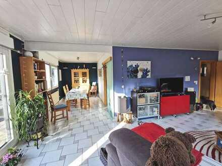 Familienfreundliches, gepflegtes Einfamilienhaus mit Garten und Extras ### großzügige Raumaufteilung