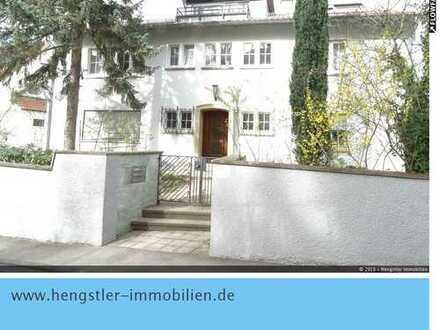 Exklusive 4-Zimmer-DG-Wohnung am Bopser in Aussichtslage