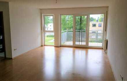 Singles aufgepasst! Lichtdurchflutete 1,5 Raum-Wohnung mit Balkon