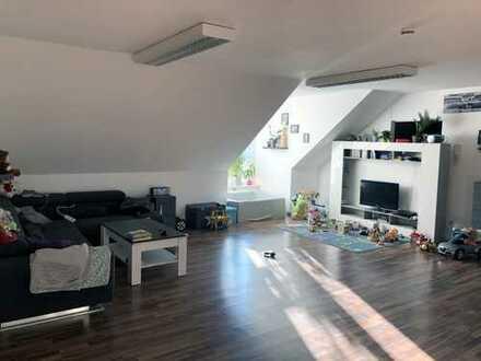 Großzügige 3-Zimmer Wohnung in Haag