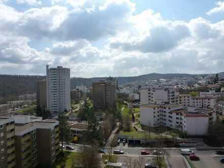 S-Botnang - Helle und ruhige 4,5 Zimmer Wohnung mit Loggia und abschließbarer Garage