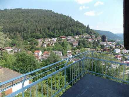 Gemütliche Dachgeschoss-Wohnung in Traumlage in Bad Wildbad