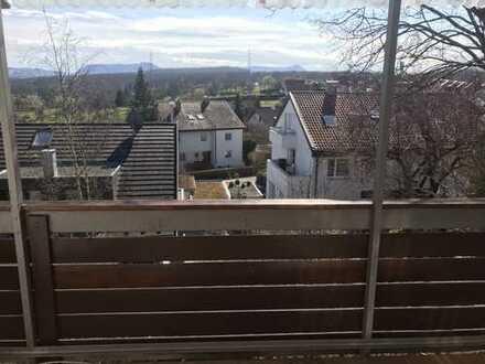 Schön geschnittene 2-Zimmer-Wohnung mit toller Aussicht auf das Tiefenbachtal, auch als WG-geeignet