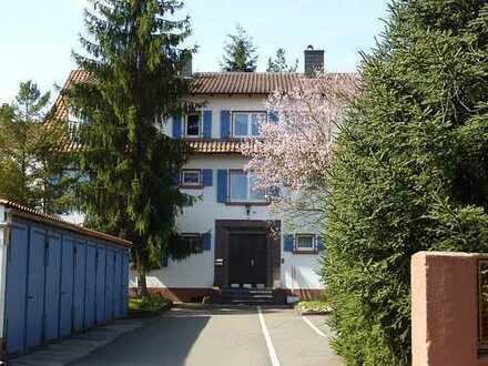 1-Zi-Wohnung Altbau Eisenberg-Zentrum