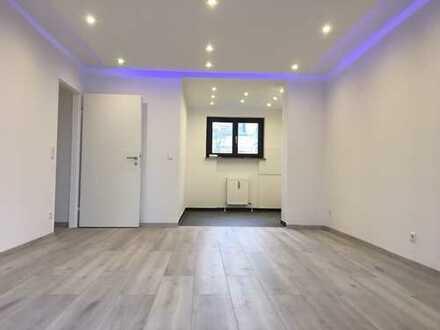 Luxuriöse 2,5 Zimmer Wohnung - EG - Erstbezug nach Totalrenovierung!!