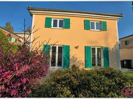 Wohnen wie im Urlaub...idyllischer eingewachsener Garten inklusive! +++ Robert Decker Immobilien+++