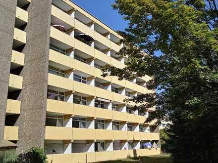 Vermietete Wohnung mit 1 Zimmer, Küchenzeile, Kellerraum, Tiefgaragenplatz und Balkon in Mainz