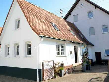 Mühlhofen: Kleines Häuschen zum Verlieben