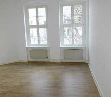 Sehr ruhige Wohnung mit EBK - WG-geeignet