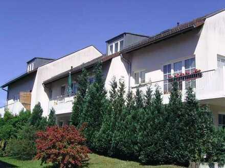 2-Raum Wohnung in ruhiger und sehr grüner Lage
