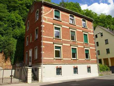 Top !!! Kernsanierte Drei-Zimmer-Wohnung in Idar´s bester Lage
