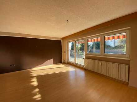 4-Zimmer Wohnung in schöner, gepflegter Wohnanlage - Oberndorf Lindenhof - sofort bezugsfertig!