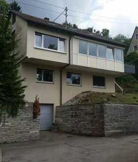 Freistehendes Einfamielienhaus mit Einliegerwohnung in toller Lage in Albstadt-Ebingen.