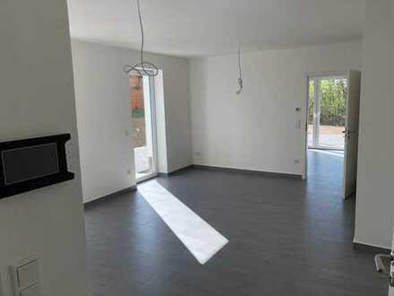 Barrierefrei - Erstbezug mit riesiger Terasse: attraktive 2-Zimmer-Wohnung in Drolshagen