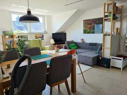 schöne 3-Zimmerwohnung im Dachgeschoss