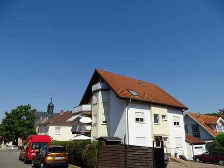 **großzügige Dachgeschosswohnung mit ausgebautem Dachstudio in Sulzheim**